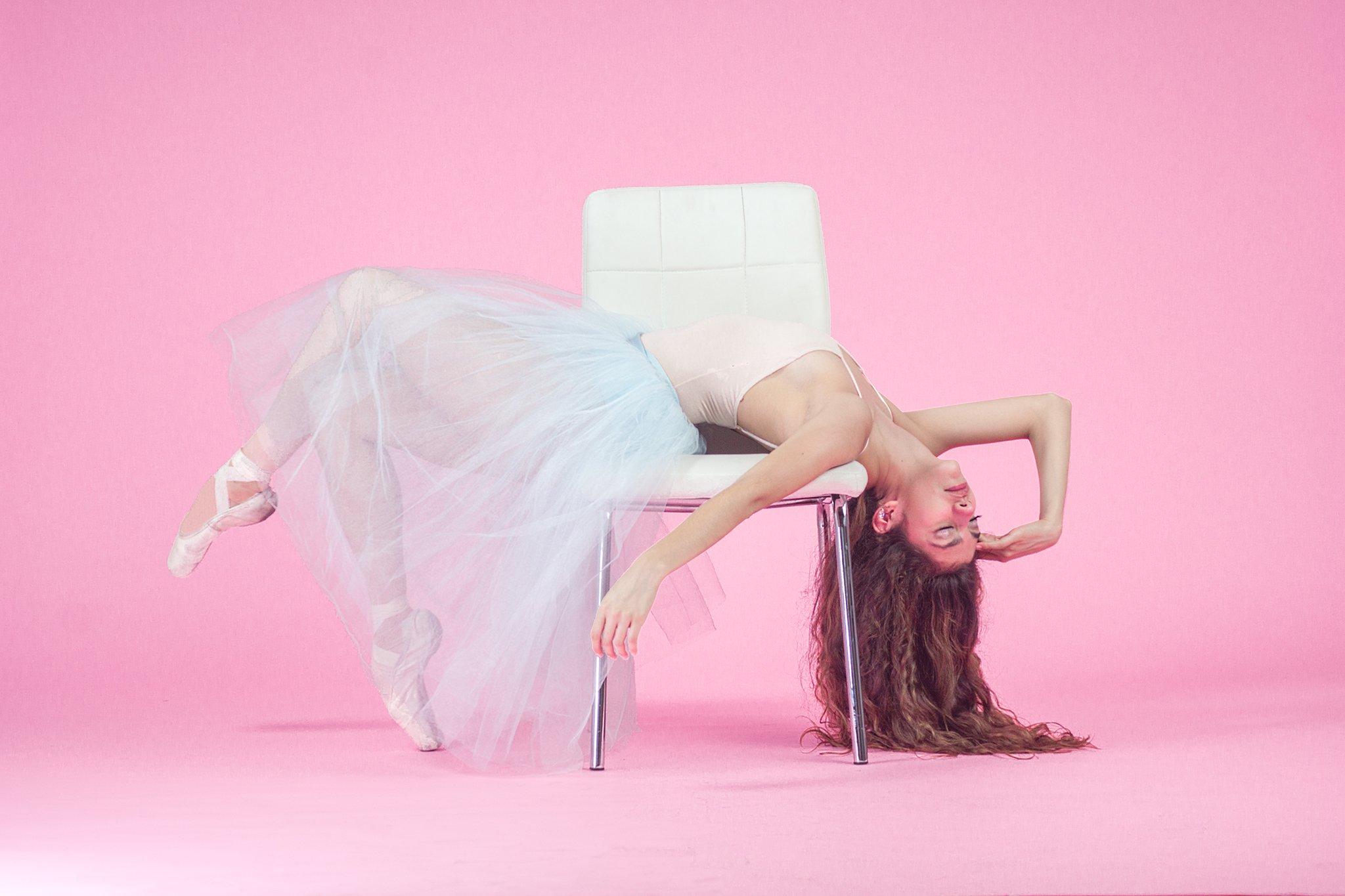 portrait, dancer, beautiful, lovely, ballerina, pink,, Eduardo Hernández