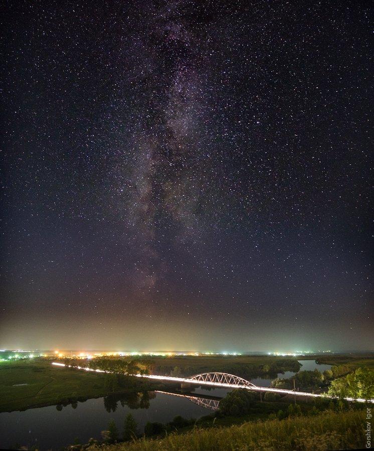 дорога, звёздное небо, звёзды, млечный путь, мост, ночное небо, ночной пейзаж, ночь, панорама, пейзаж, река, свет, татарстан, Горшков Игорь
