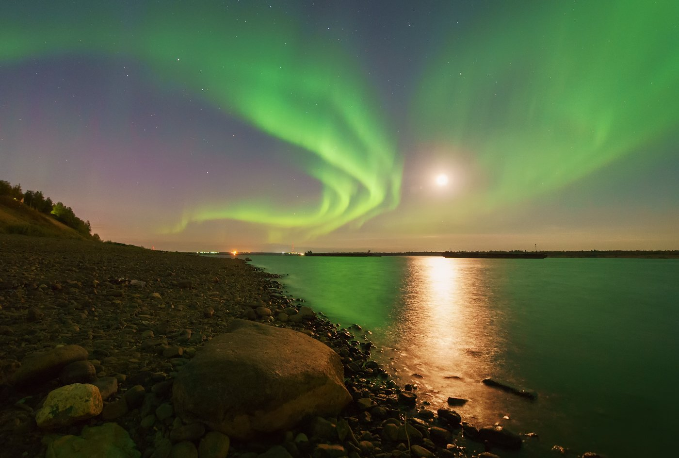 Aurora borealis, Коми, Луна, Печора, Северное сияние, Игорь Подобаев