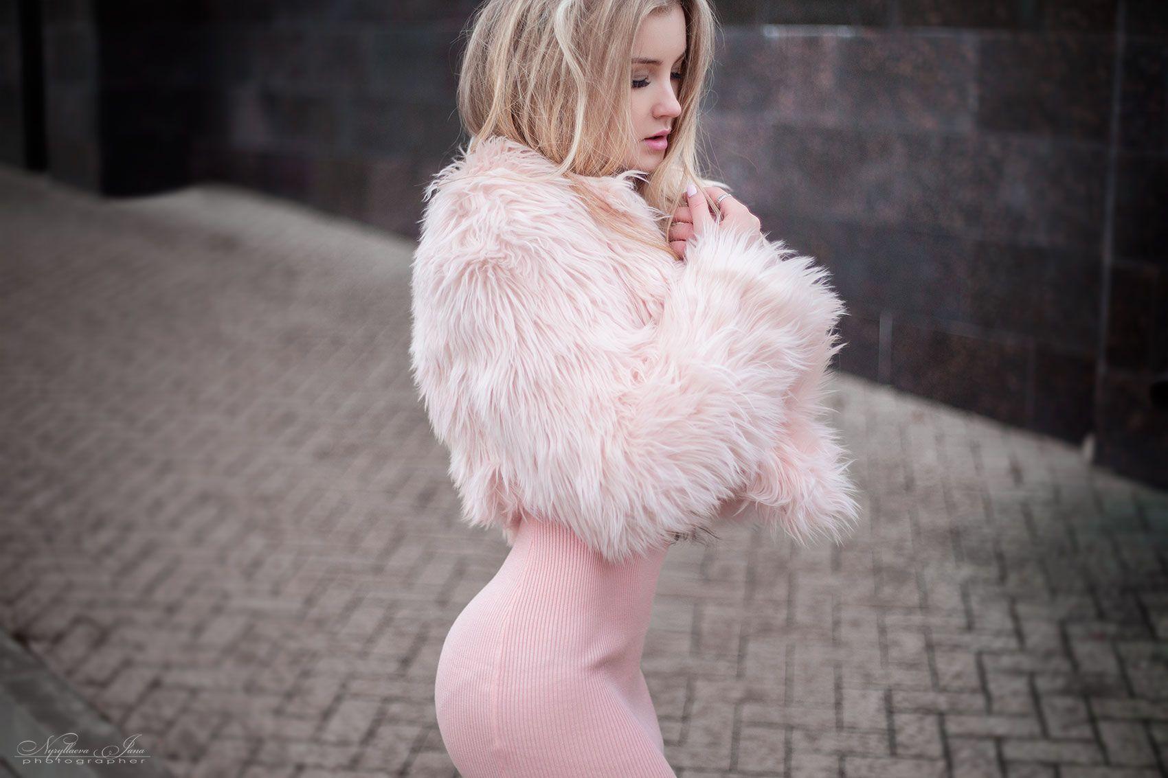 фотосессия барби фотосессиябарби розовый pink девушка красивая модель девушкаврозовом шуба блондинка, Нуруллаева Яночка