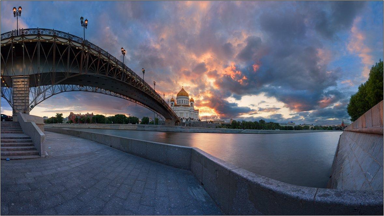 храм, христа, спасителя, ххс, вечер, мост, москва, Михаил Мигушин