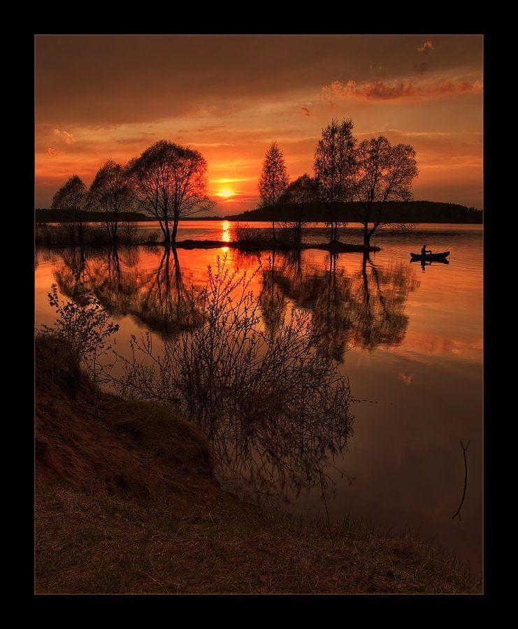 пейзаж, деревья, небо, закат, вода, отражения, рыбак, Oleg Dmitriev