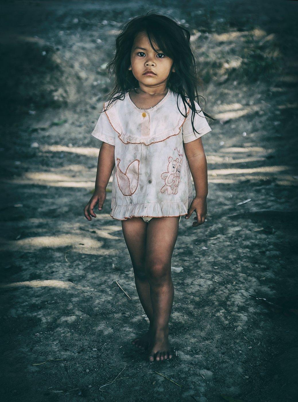 девочка, замарашка, босоногая, ребёнок, босая, индонезия, Алла Соколова