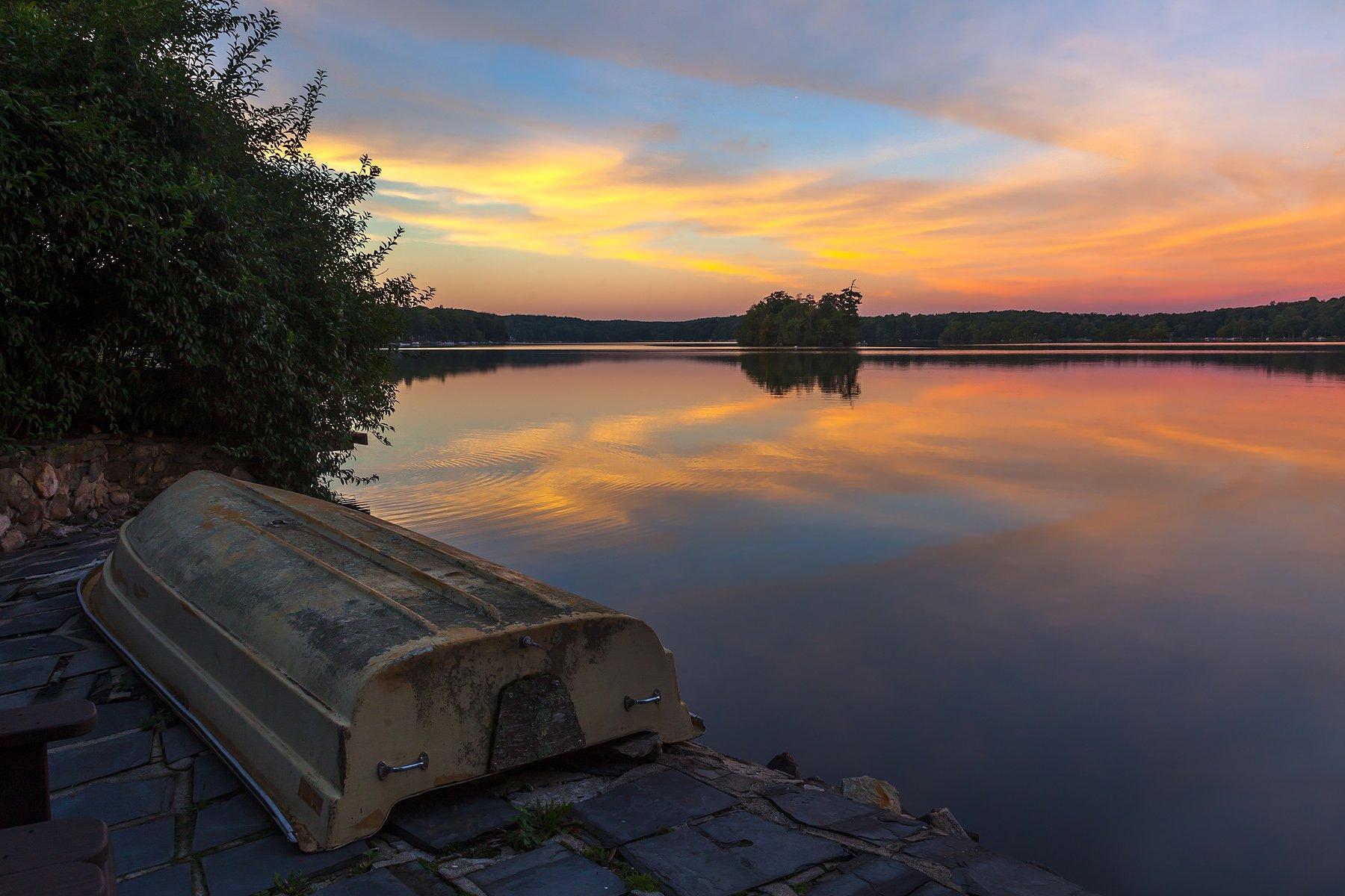 пейзаж,природа,осень,небо, лодка,отражения,облака,, Антонина