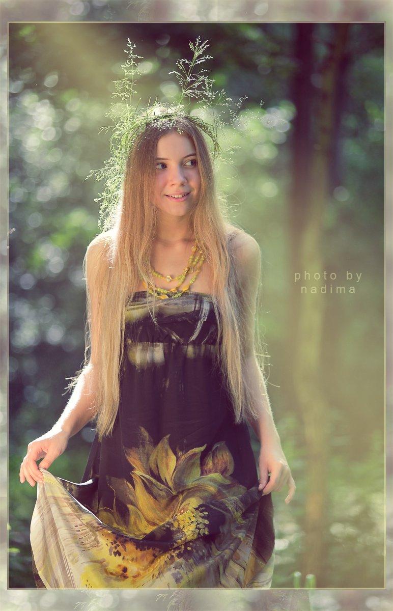 девушка, лес, солнце, улыбка, nadima