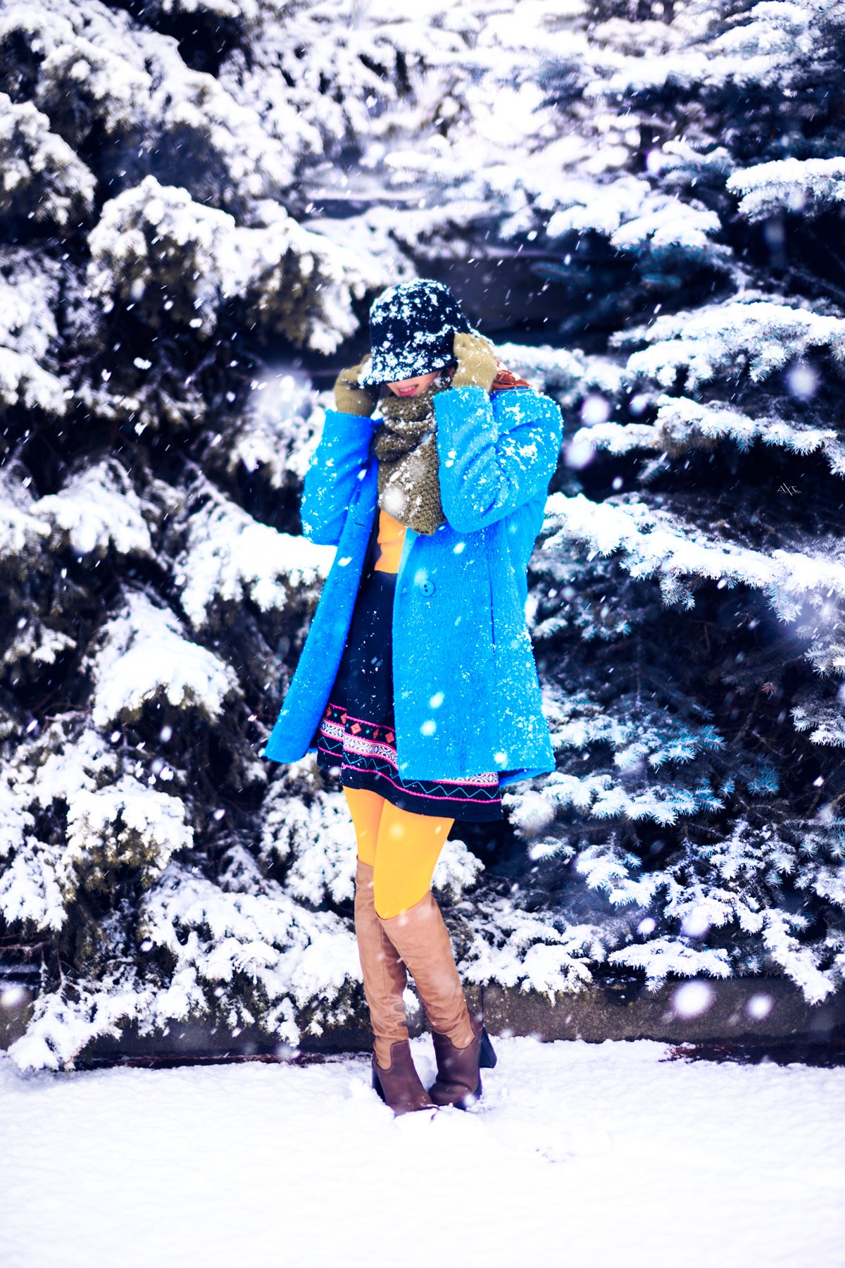 woman, portrait, snow, colors, Руслан Болгов (Axe)