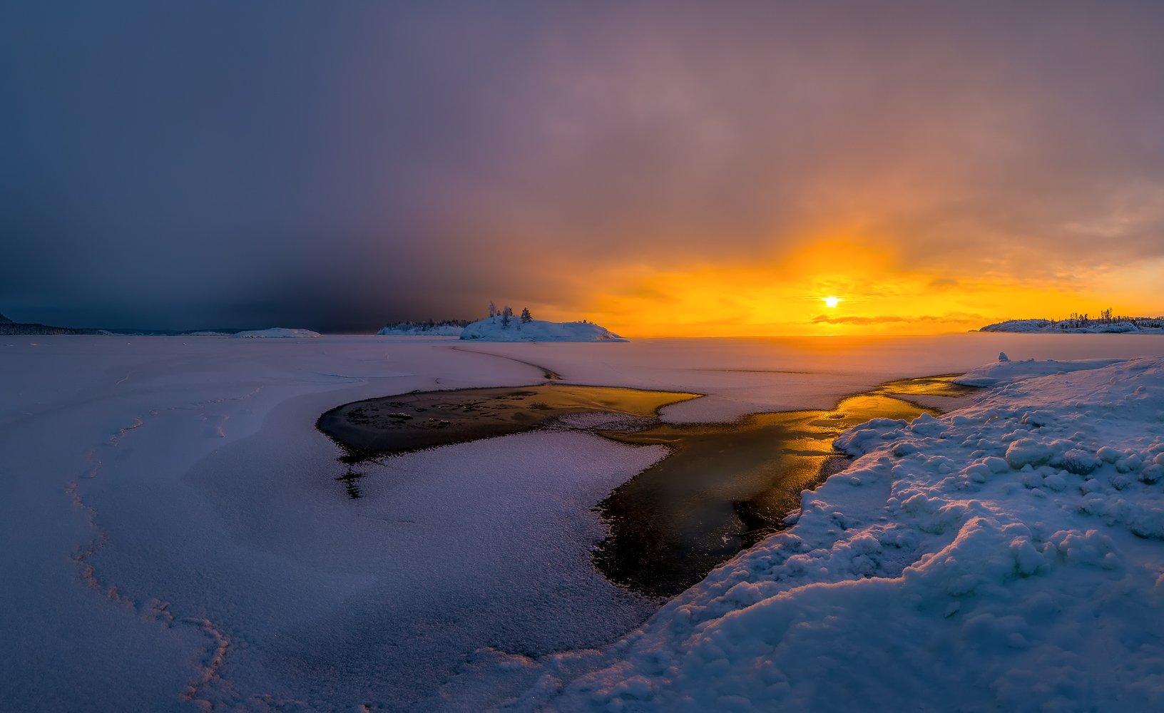 ладожское озеро, карелия, остров, зима, снег, рассвет, тучи, Лашков Фёдор