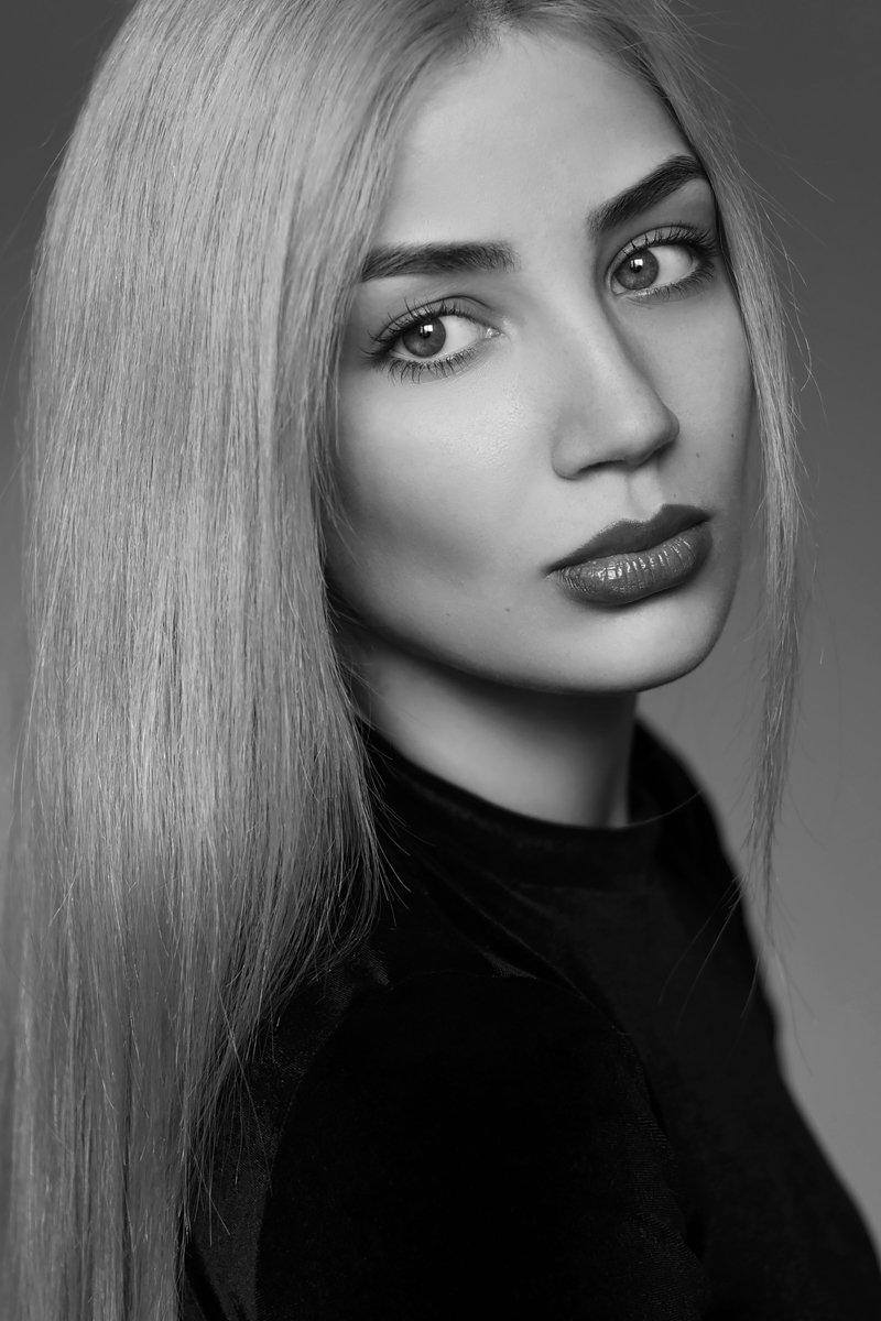 портрет, девушка, красота, глаза, чб, Диана Хилько