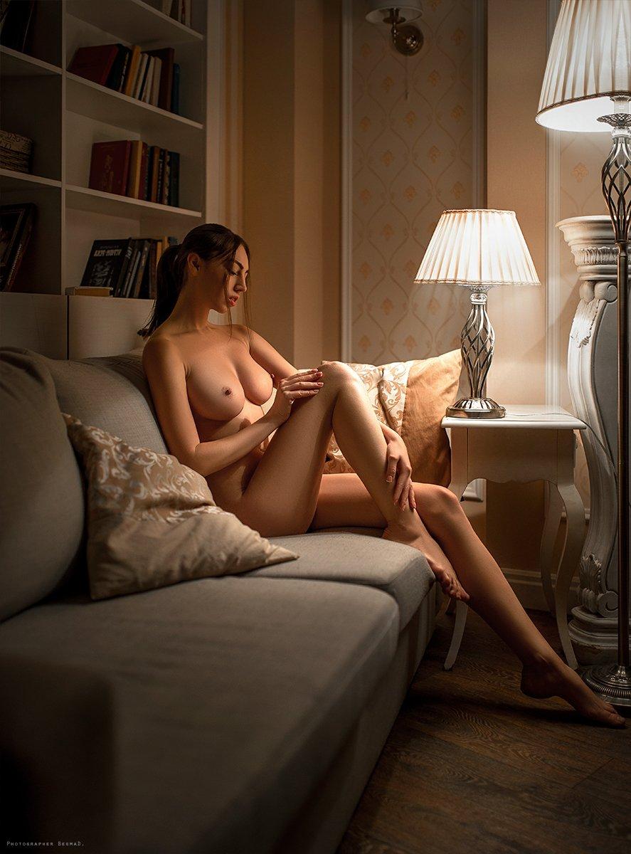 girl, model, portrait, conceptual, art, light, nikon, 35mm, color, eyes, dantar90, begmad, портрет, ламповый свет, взгляд , nude, body, ню, арт-ню, Дмитрий Бегма