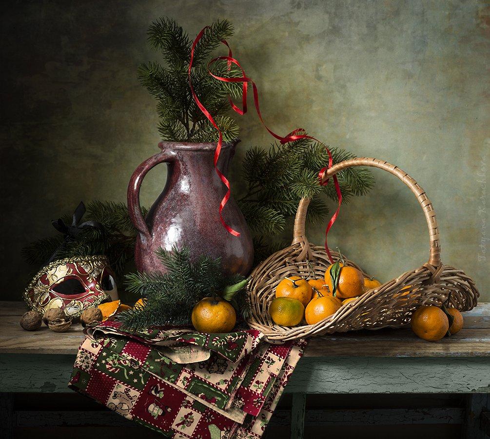мандарины, еловые ветки, Карачкова Татьяна