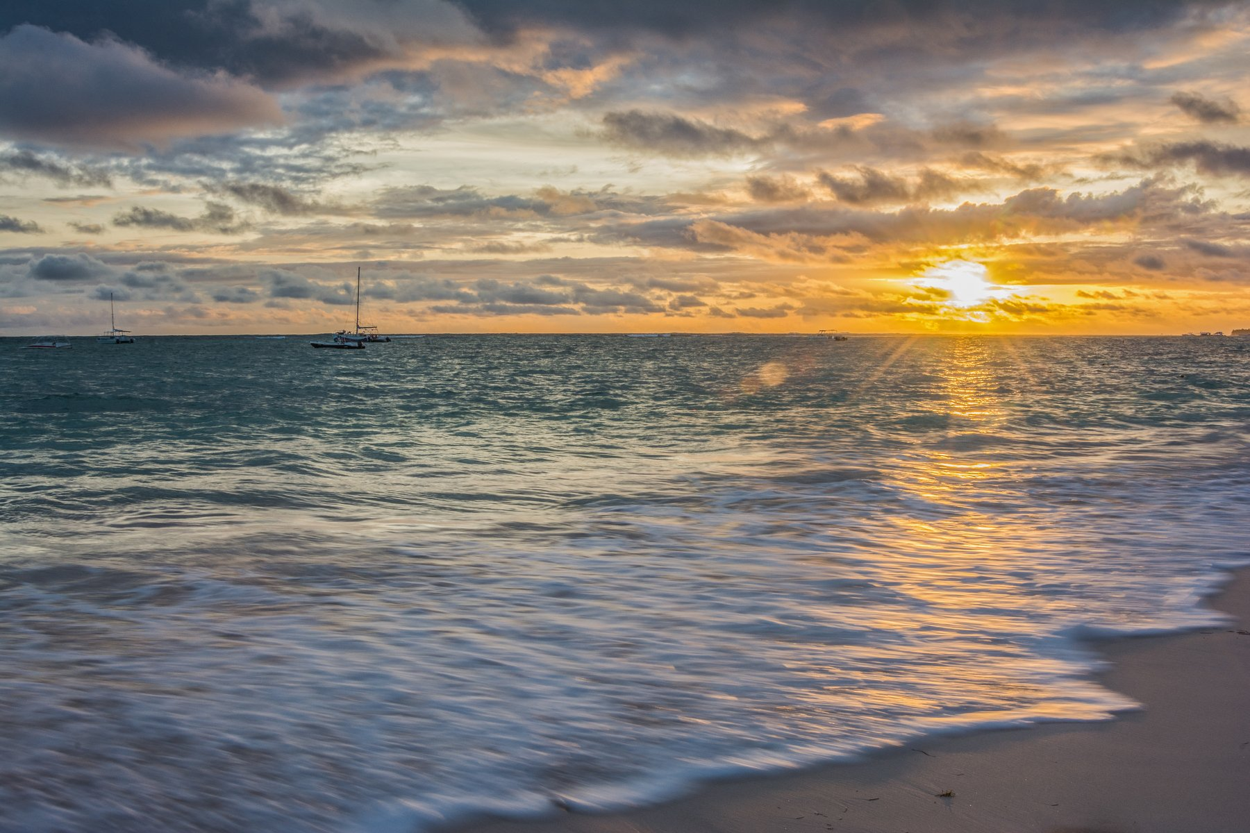 восход, солнце, небо, облака, яхта, океан, море, луч, Атлантика, пляж, Sergey Oslopov