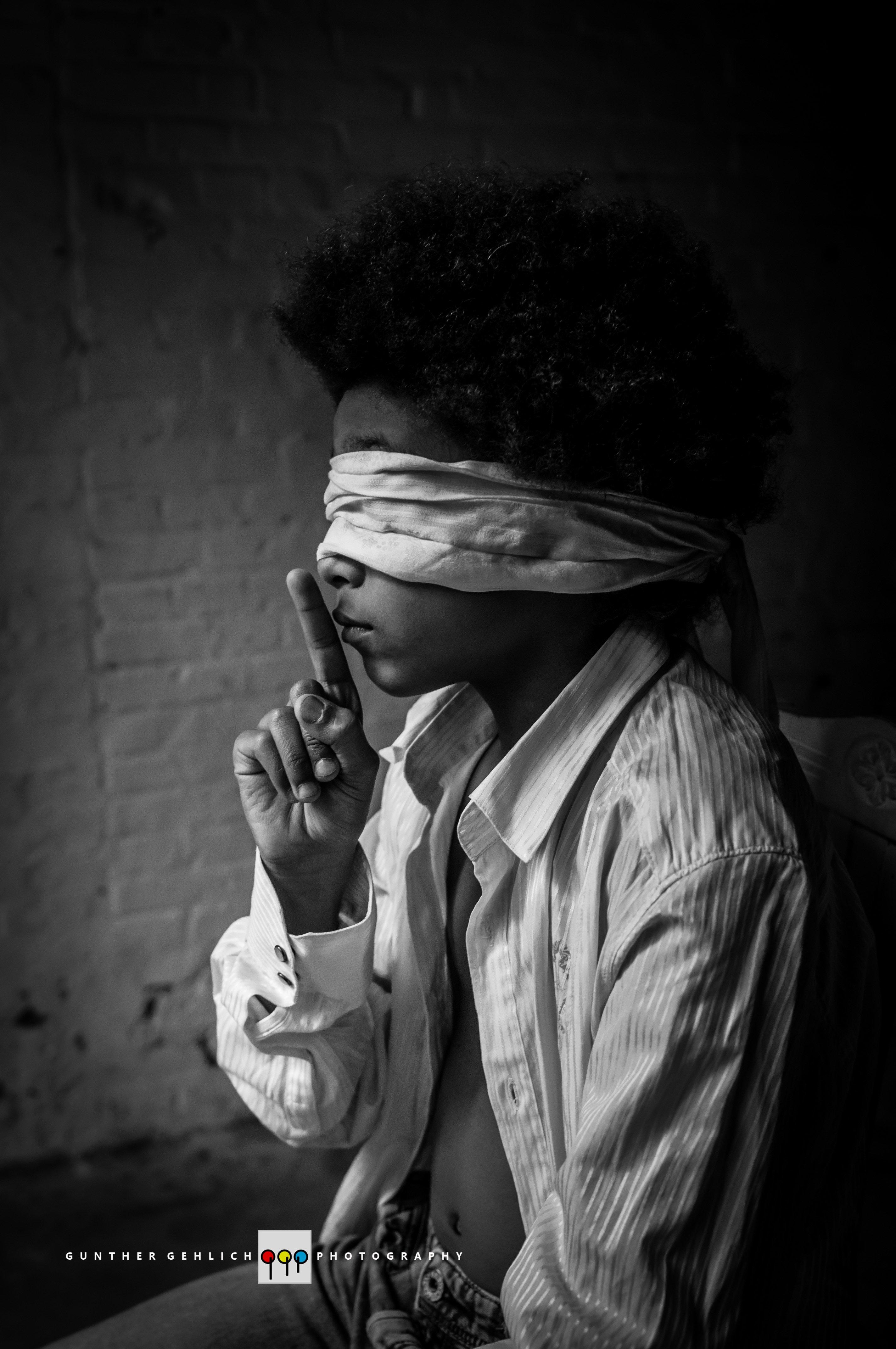 children, portrait, fine art, conceptual, black and white, Gunther Gehlich