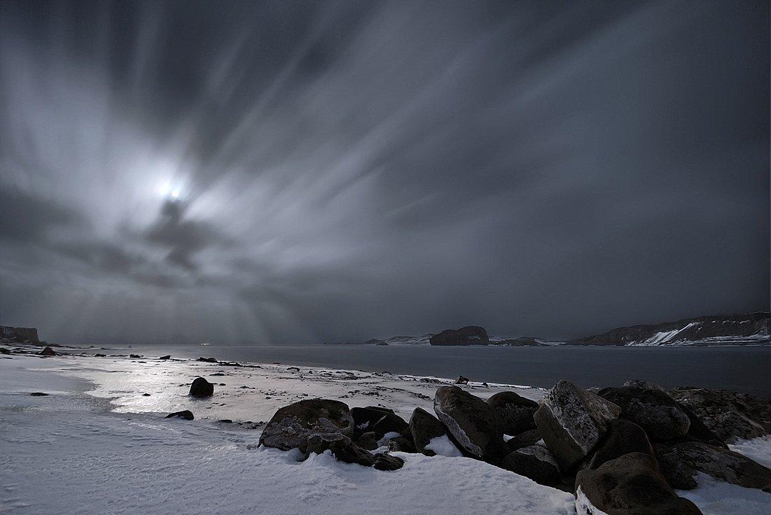 антарктика, остров kig georg,бухта ардли, полнолуние, Руслан Елисеев