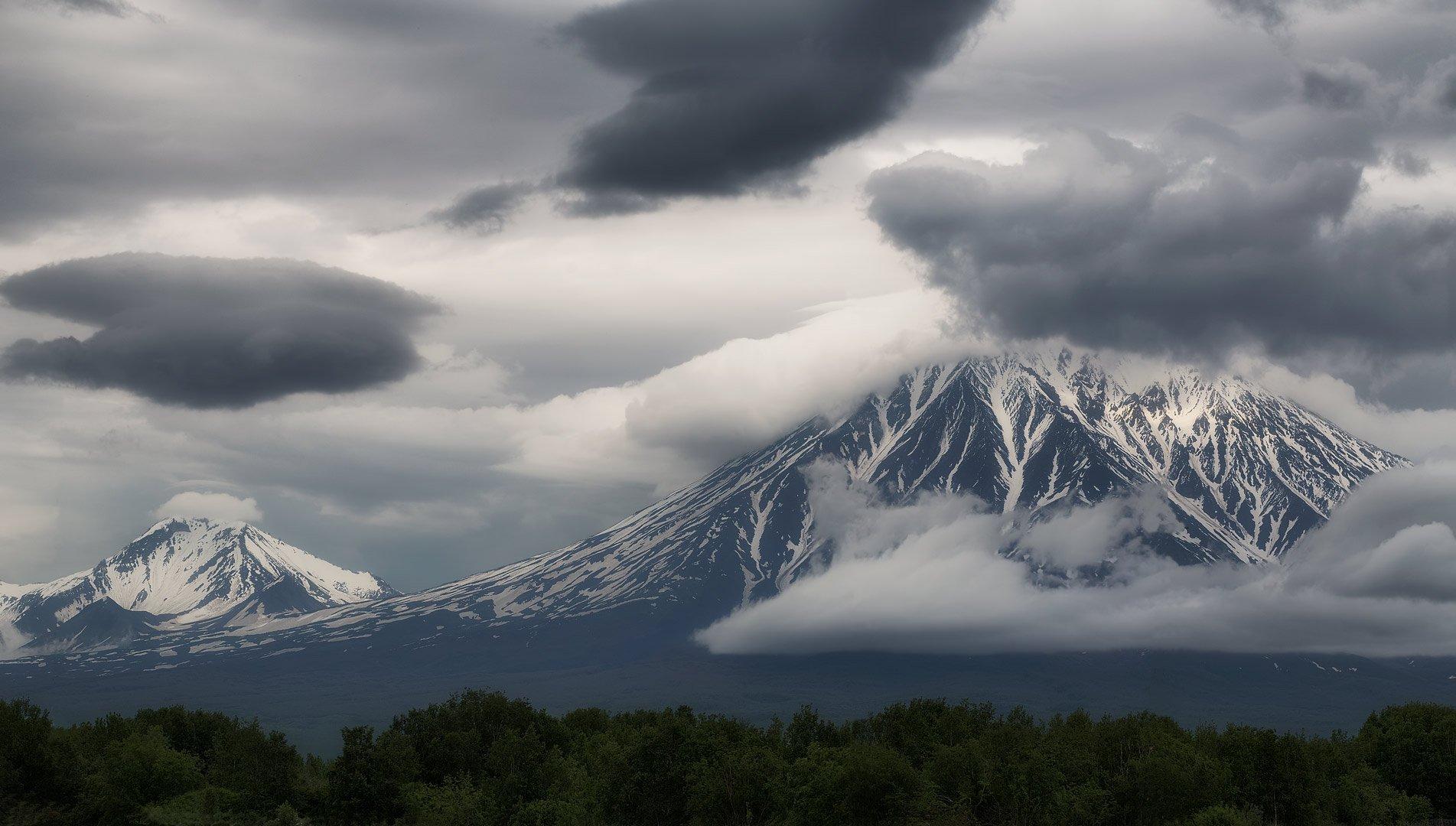 камчатка, лето, горы, вулканы, облака, Евгений Паршуков