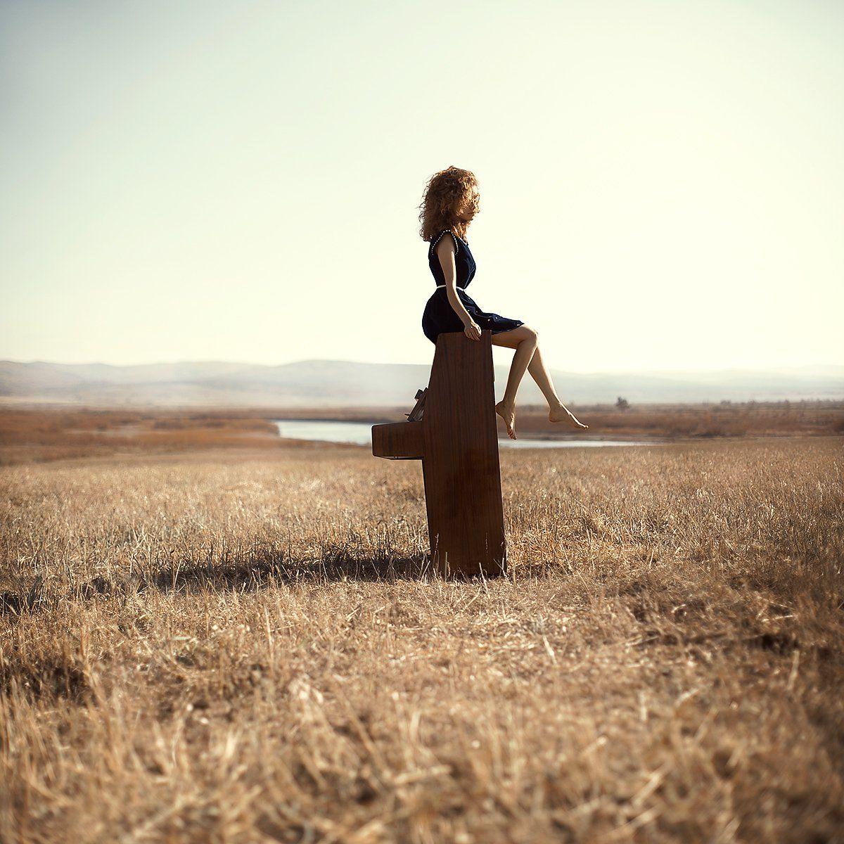 пианино, piano, поле, field, girl, Ася Молочкова