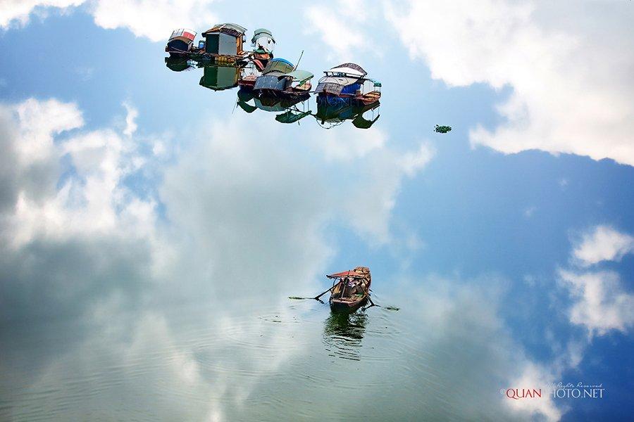 #quanphoto,#landsscape,#reflections,#river,#boats,#fisheman,#clouds,#vietnam, quanphoto