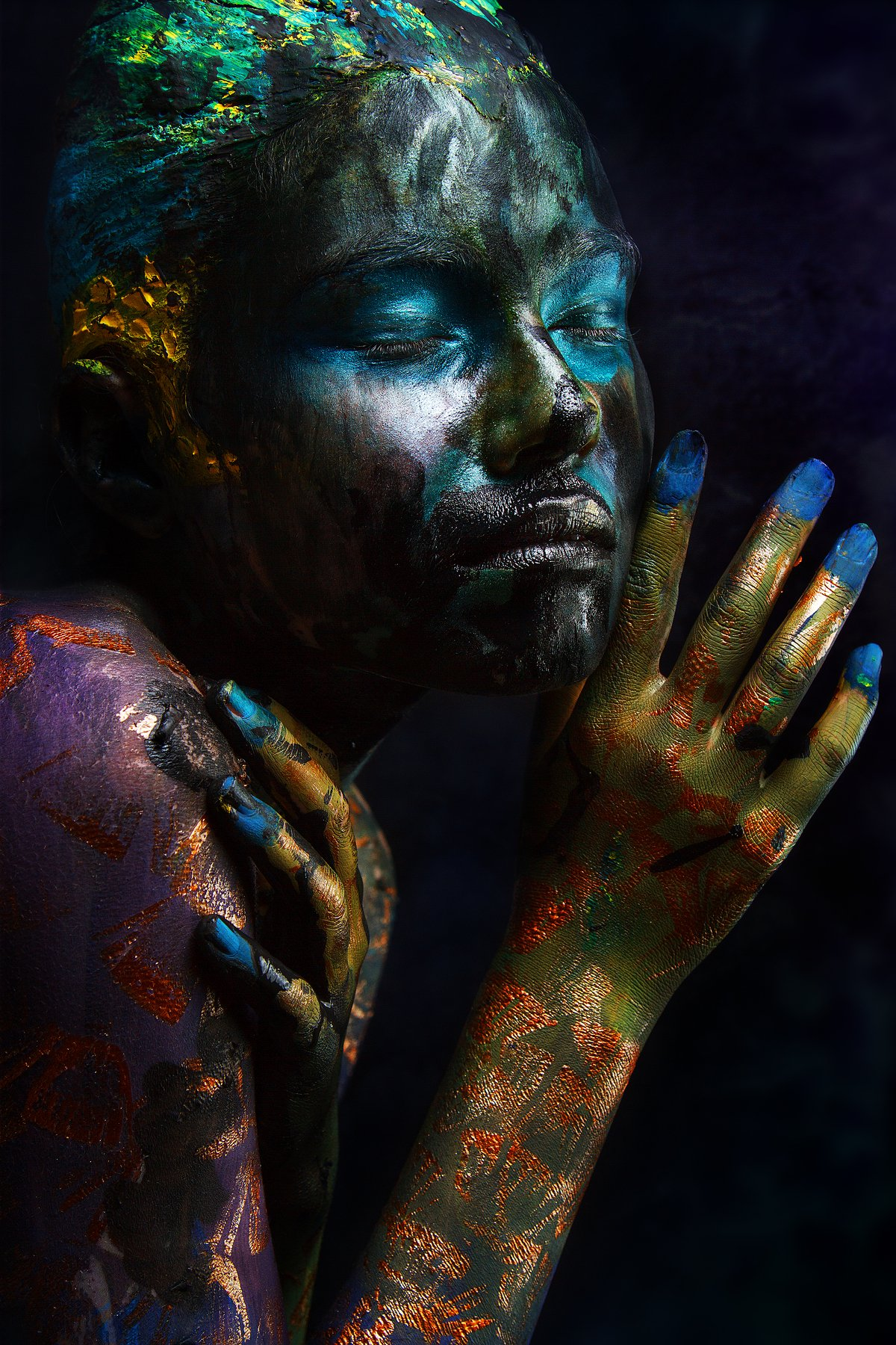 people, girl, portrait, art, body, oil, fish, texture, relief, eye, neck, paint, makeup, body art, forever, opinion, creative, Ковалёв Иван