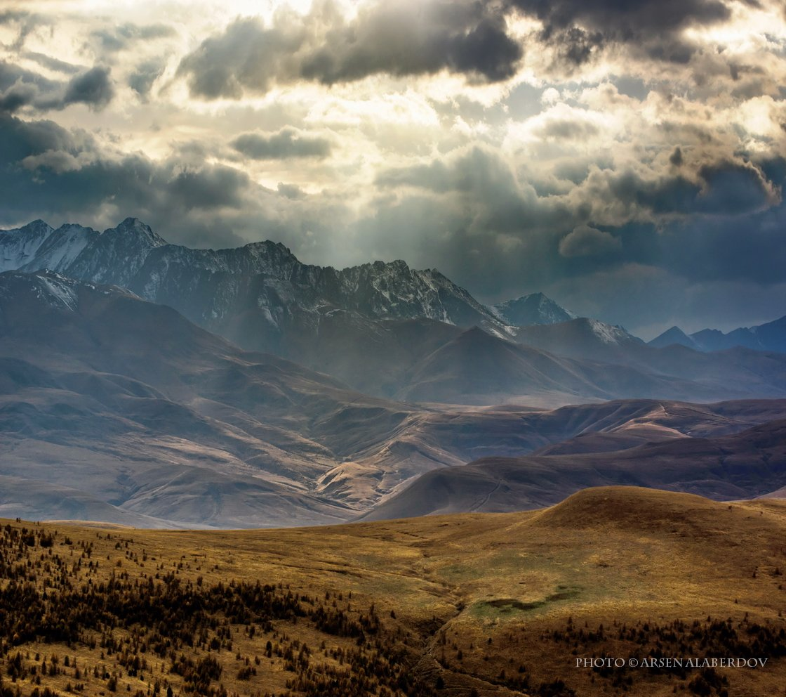 горы, предгорья, хребет, вершины, пики, снег, осень, зима, скалы, холмы, долина, облака, путешествия, туризм, карачаево-черкесия, кабардино-балкария, северный кавказ, АрсенАл