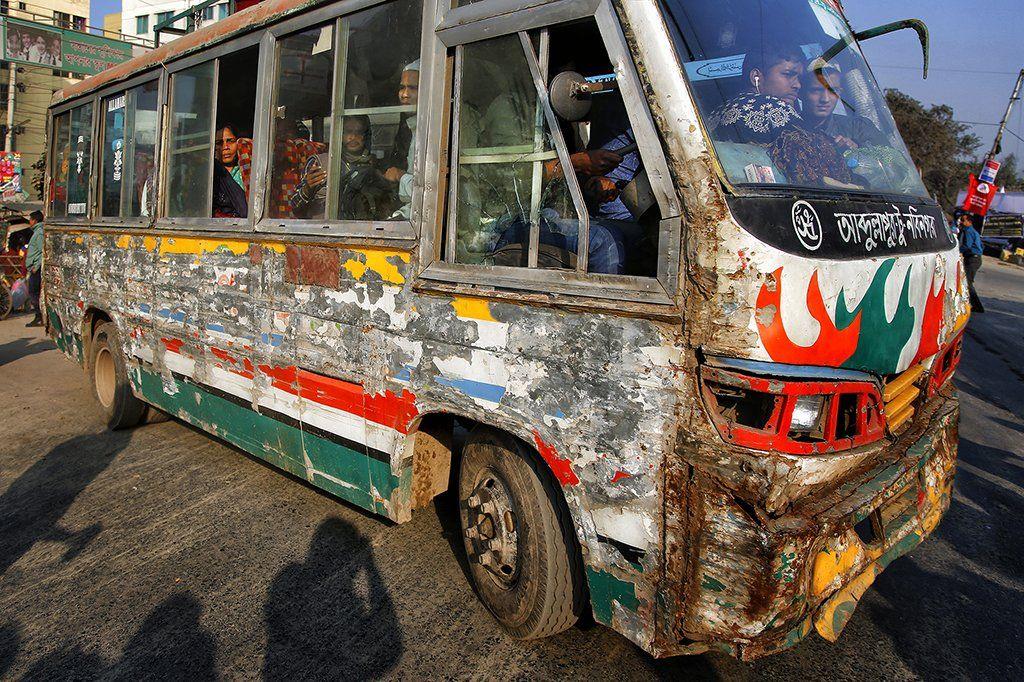автобус, бангдеш, дака, коцаный, консервная банка, пассажиры, путешествие, дорога, улица, Алла Соколова