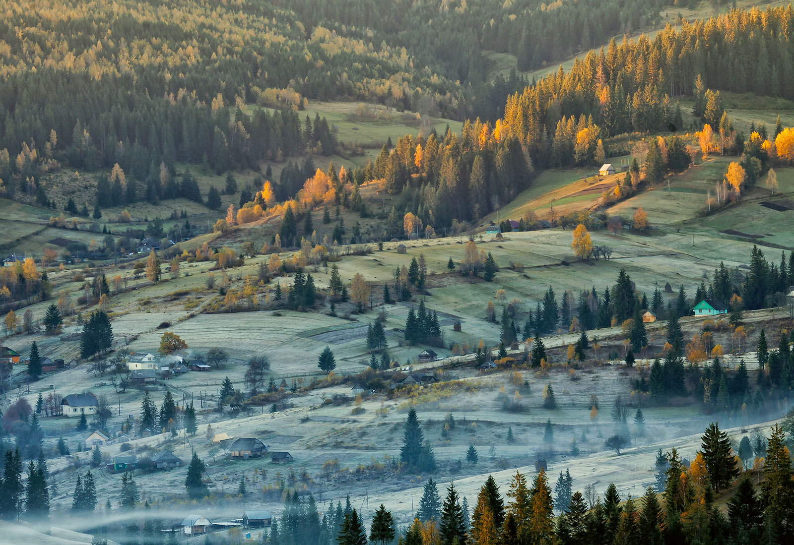 зима, карпаты, осень, поселок, туман, утро, сенечив, Михаил Глаголев