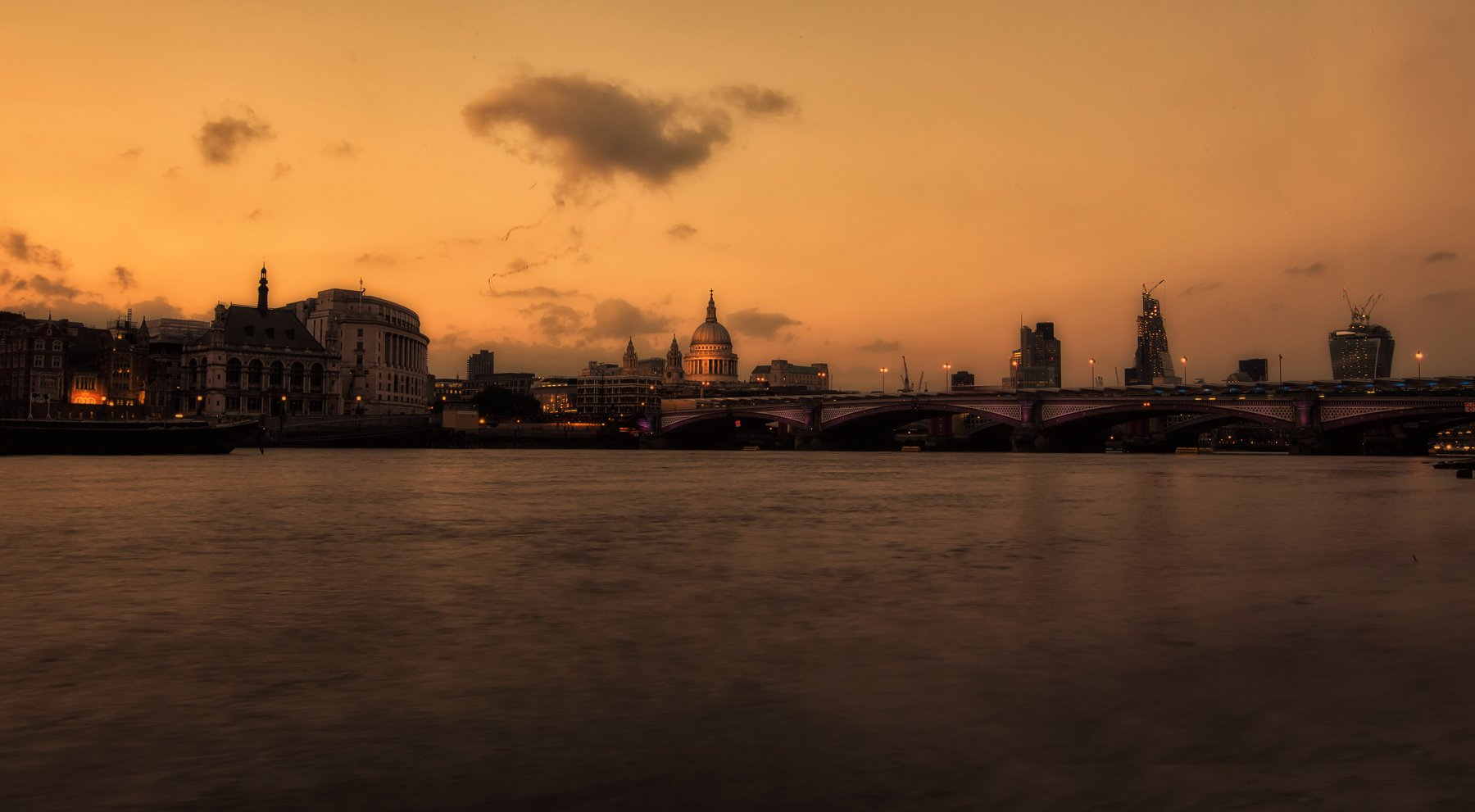 london, by night, south bank, city, canon, Ivan Lambrev
