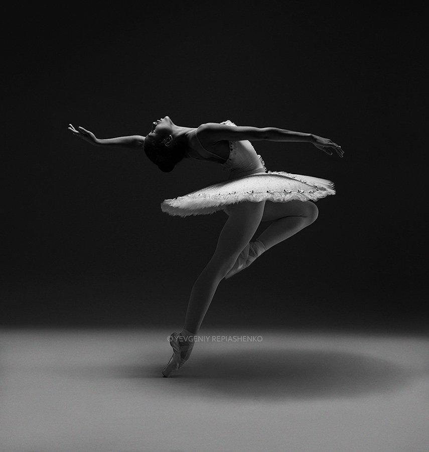 spirit, fine art, ballet, балет, пачка,  пуанты, choreography, хореография, ballerina, балерина, dance, танец, dancer, танцор, шпагат, чб, bw, art, repiashenko, yevgeniy repiashenko, репяшенко, евгений репяшенко, Евгений Репяшенко