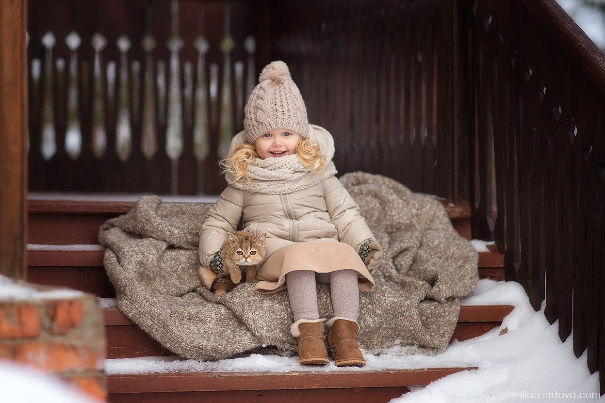 Девочка котёнок , Юлия Твердова
