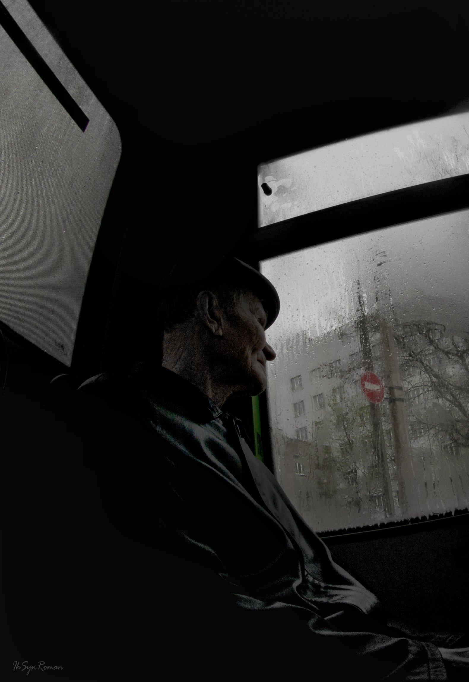 жанр, автобус, пассажир, окно, знак, Roma Krasov ( Chitinskiy )