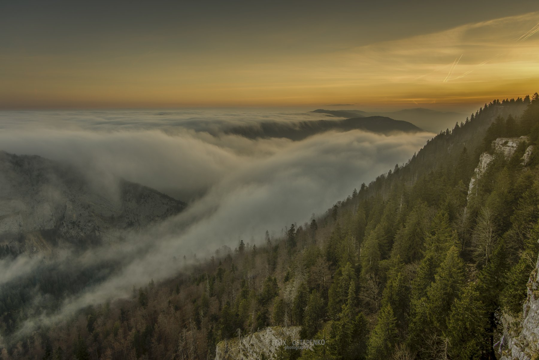 creux du van,switzerland,montains,sunrise,canyon,clouds, Felix Ostapenko