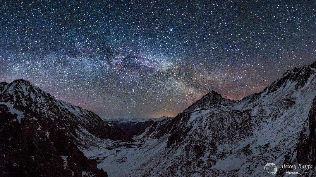 звёзды, горы, пейзаж, природа, ночь, млечный путь, звёздное небо, снег, Алексей Байфа