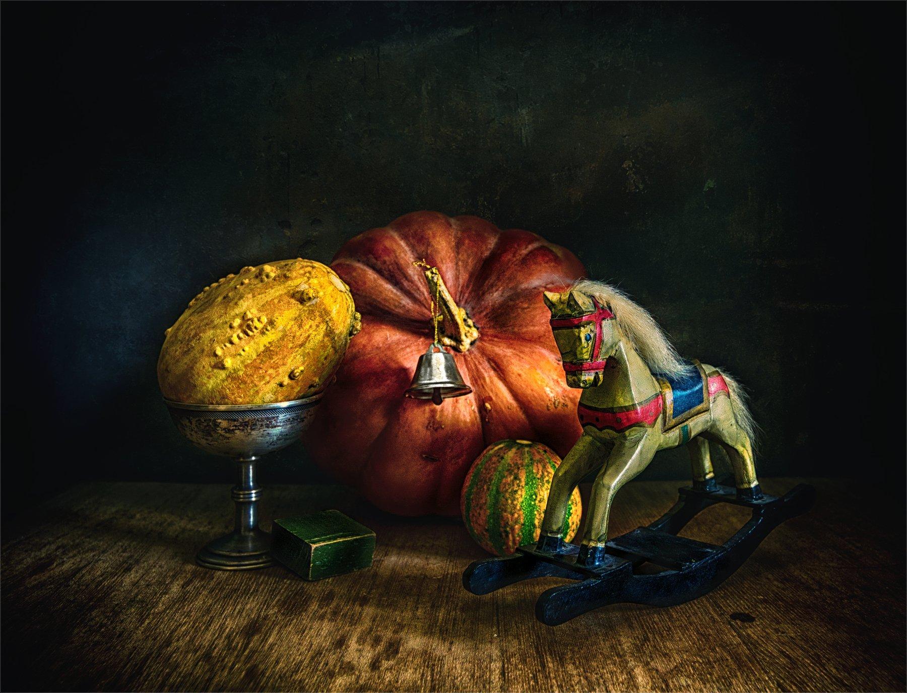 still life, натюрморт,   винтаж, ретро, тыква, колокольчик, лошадка, игрушка, креманка, Михаил MSH