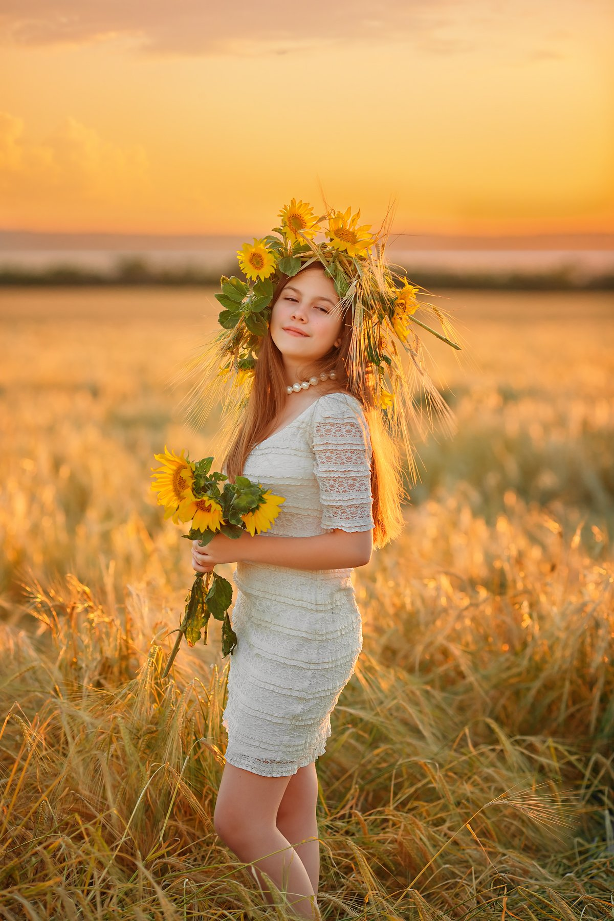 лето поле подсолнухи девочка дети закат венок натура природа солнечный, Марина Кондратова