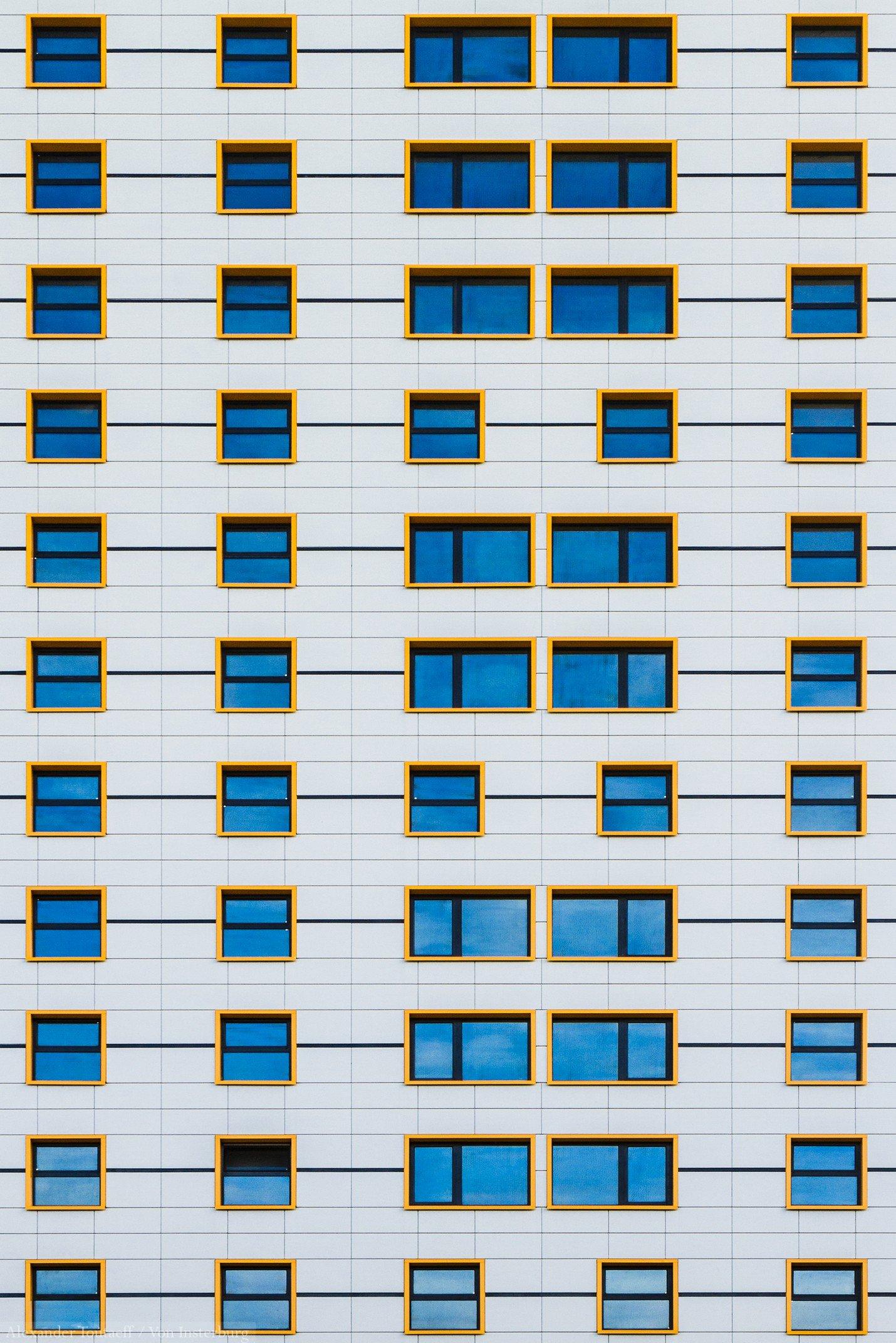 город, архитектура, стены, окна, стена, цвет, белый, синий, желтый,концепт, фасад, architecture, wall, city, building, colours, abstract, windows,, АлександрТутаев