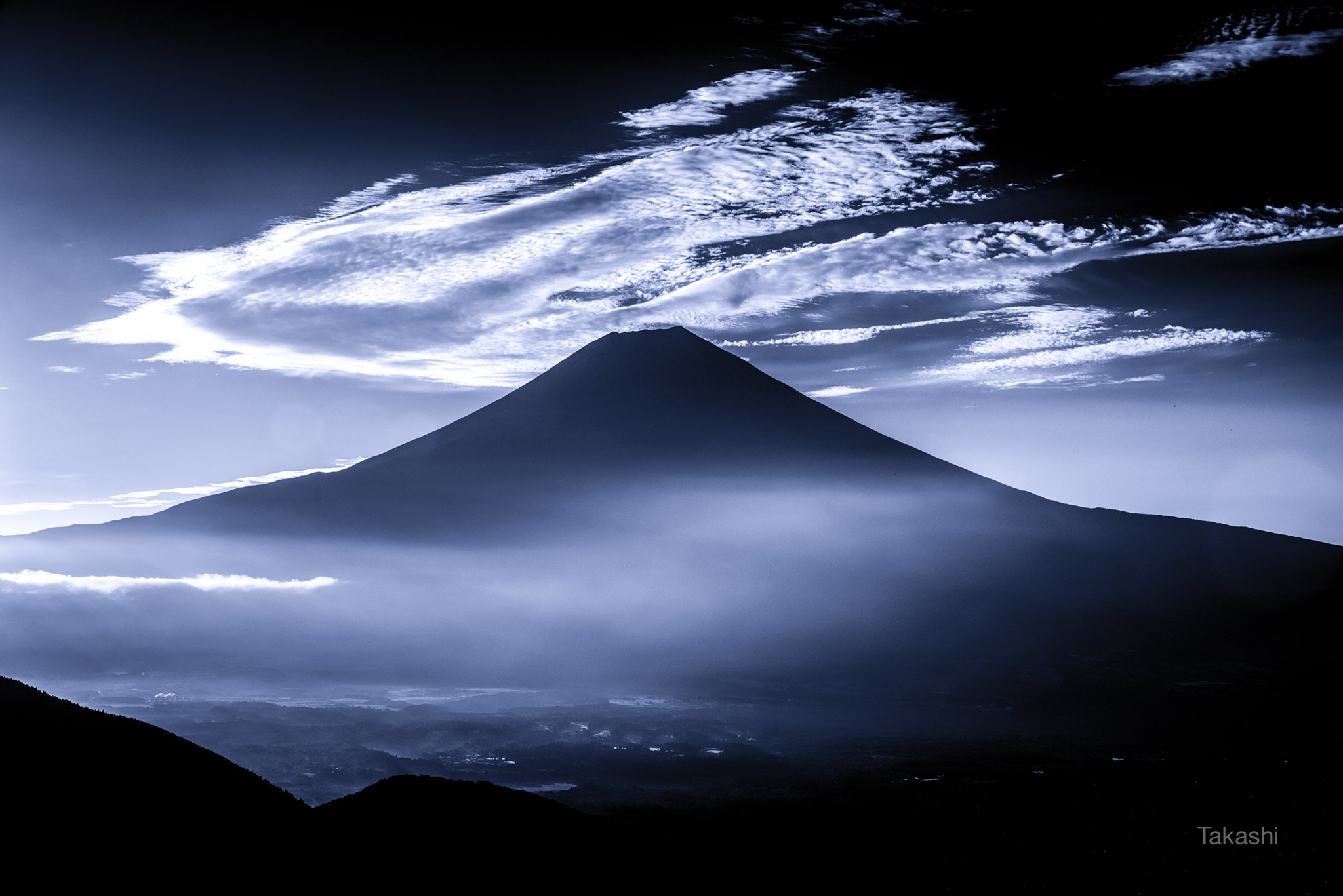 Fuji,Japan,mountain,cloud,sky,landscape,blue,white,amazing,wonderful,beautiful,, Takashi