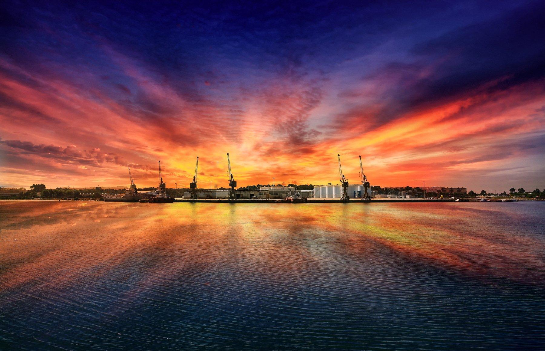Viana do Castelo, Portugal, color, sunset, reflection, art, sky, skyline, center, Antonio Bernardino