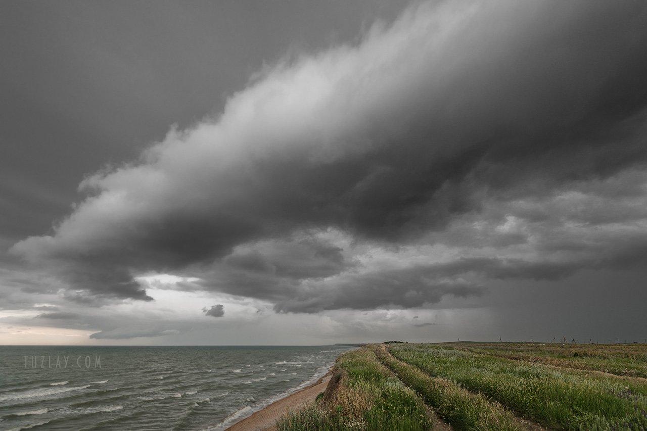 азовское море, морской берег, таманский полуостров, темрюкский район, трубчатые облака, Владимир Тузлай