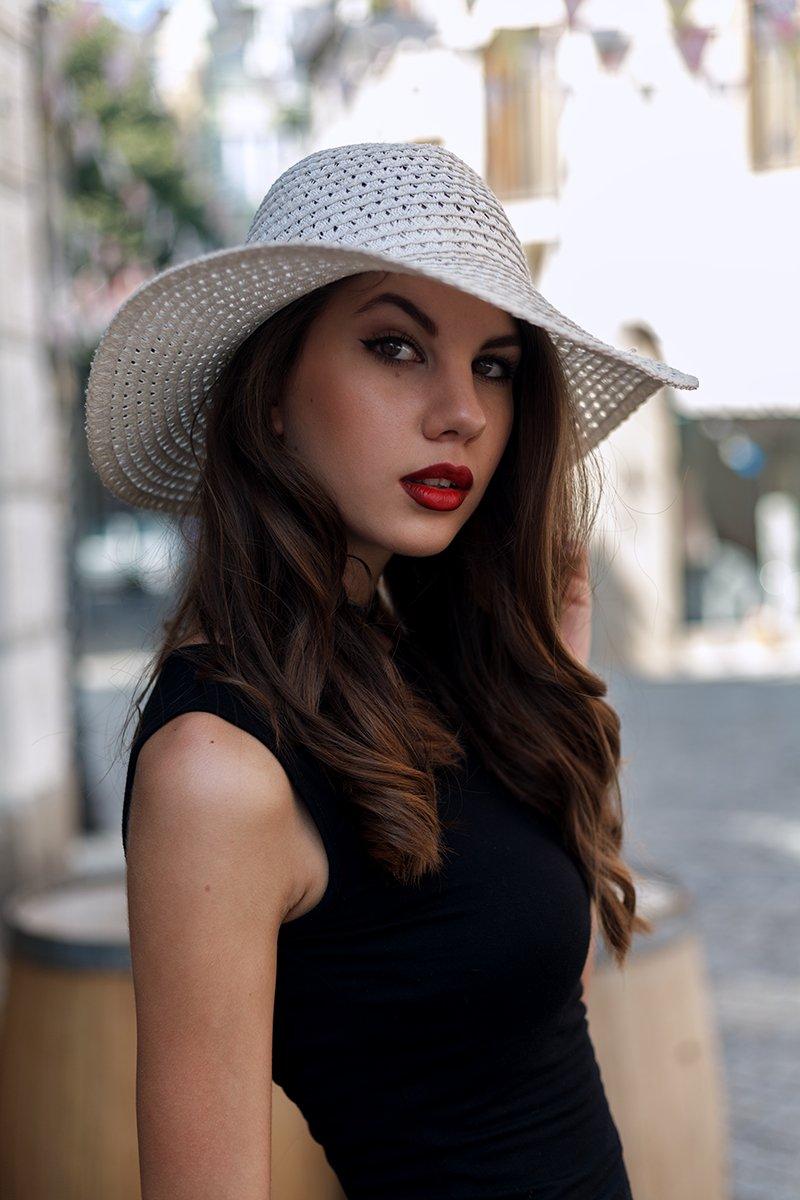 portrait, hat, fashion, dress, look, eyes, lips, Petar Apostolov