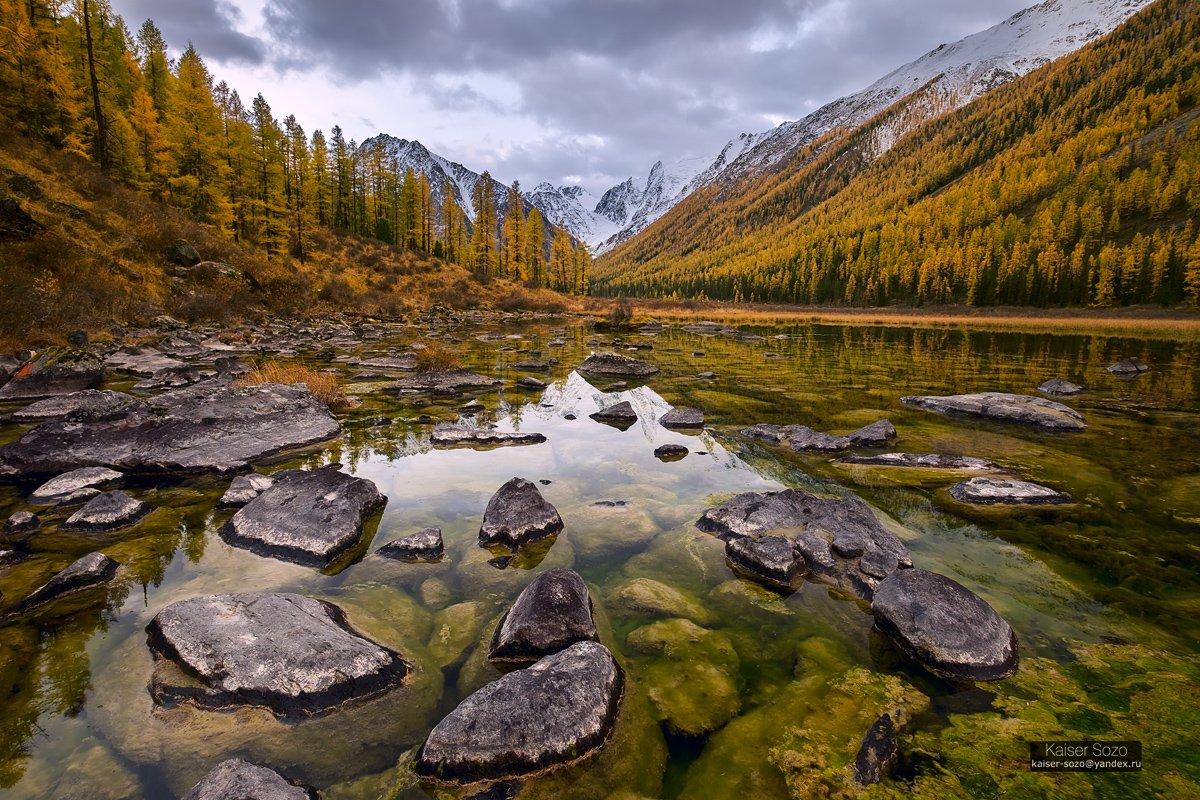 алтай, шавла, северочуйский хребет, горы, озеро, камни, лиственницы, Kaiser Sozo