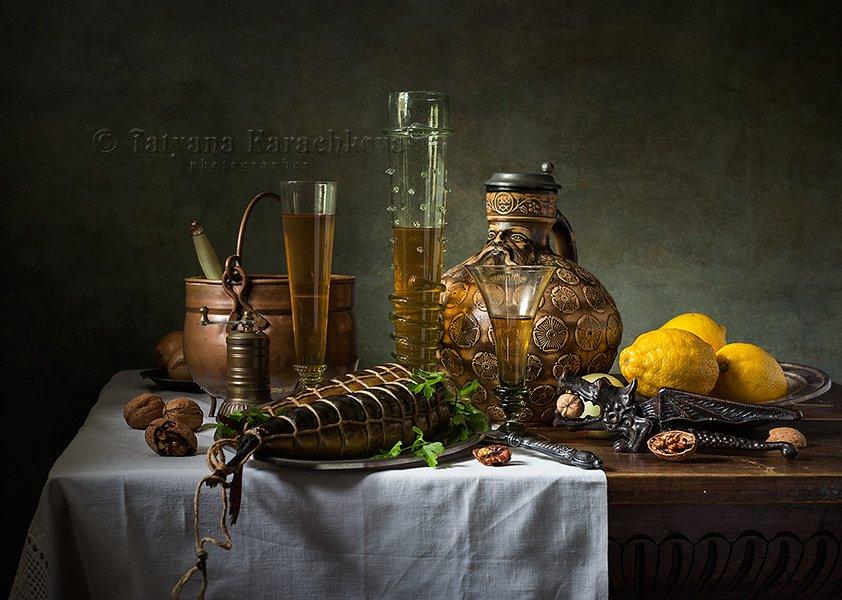 рыба, вино, натюрморт, кувшин, рёмер, фужер, лимон, орехи, орехокол, Карачкова Татьяна
