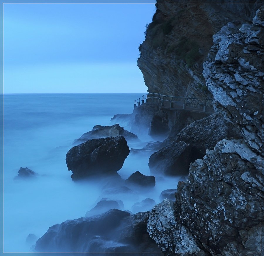 море, камни, Света и Вася