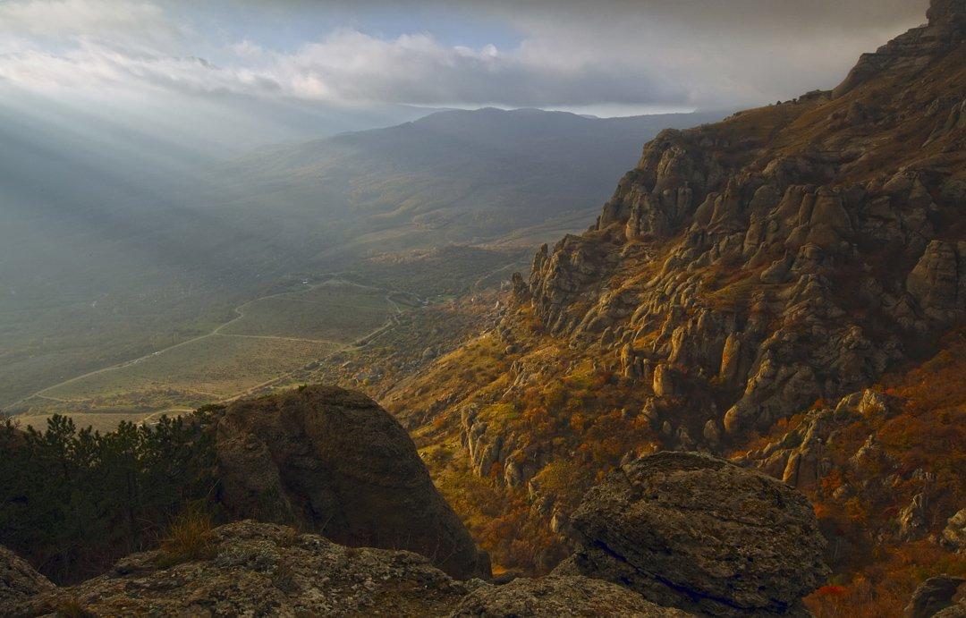 горы, растения, деревья, камни, крым, красота, природа, пейзаж, небо, облака, лучи, свет,, Sergey Shulga