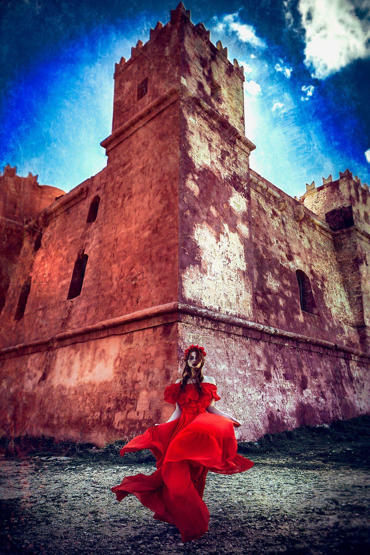womna, portrait, red dress, red castle, malta, Руслан Болгов (Axe)
