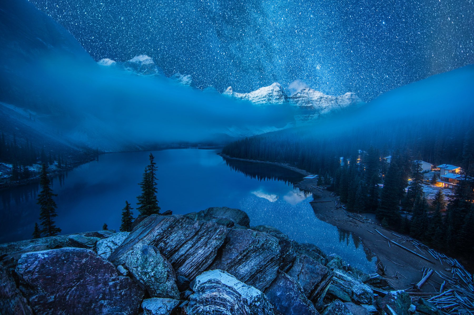 озеро морейн, канада, звезды, горы, отражения, туман, Алексей Сулоев