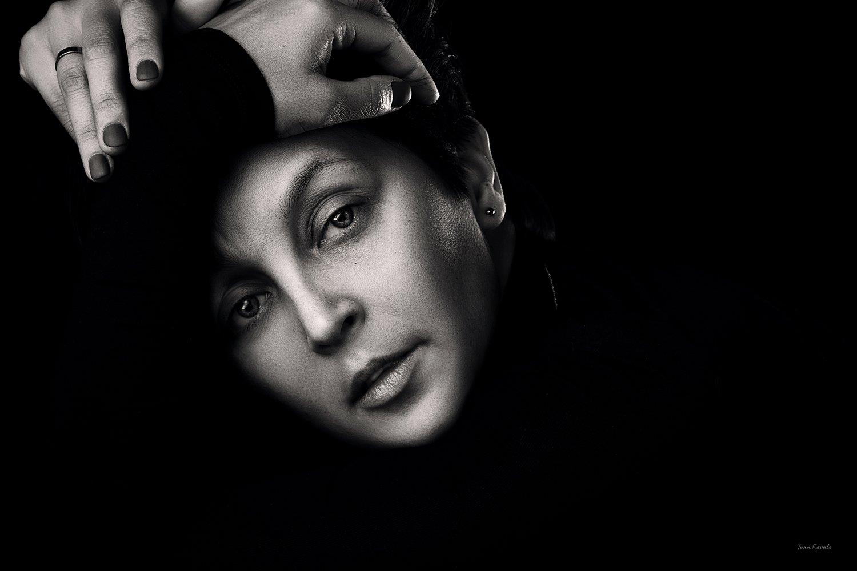 люди, человек, девушка, женщина, черно-белое, взгляд, выражение, настроение, глаза, чб, портрет, студия, фотокузница, ivankovale, Ковалёв Иван