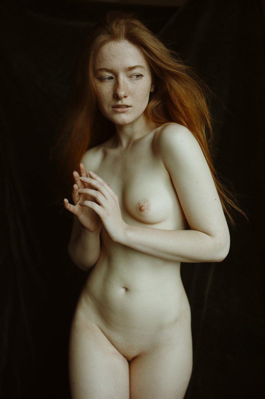 девушкав,згляд,модель,портрет,жанр,глаза,любитель,ню,топлесс,фотография,фотосессия,прикосновение, арт, Daria Slonova