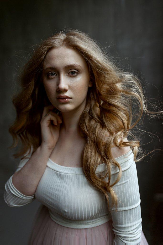 девушка взгляд модель портрет жанр глаза nude ню фотография фотосессия прикосновение арт, Daria Slonova