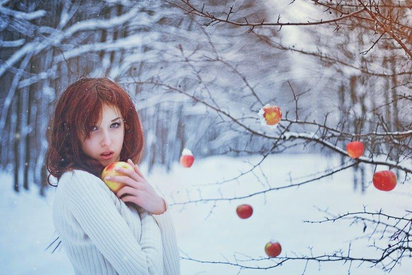 девушка, лес, зима, снег, яблоки, сказка, волшебство, Артур Сарибекян