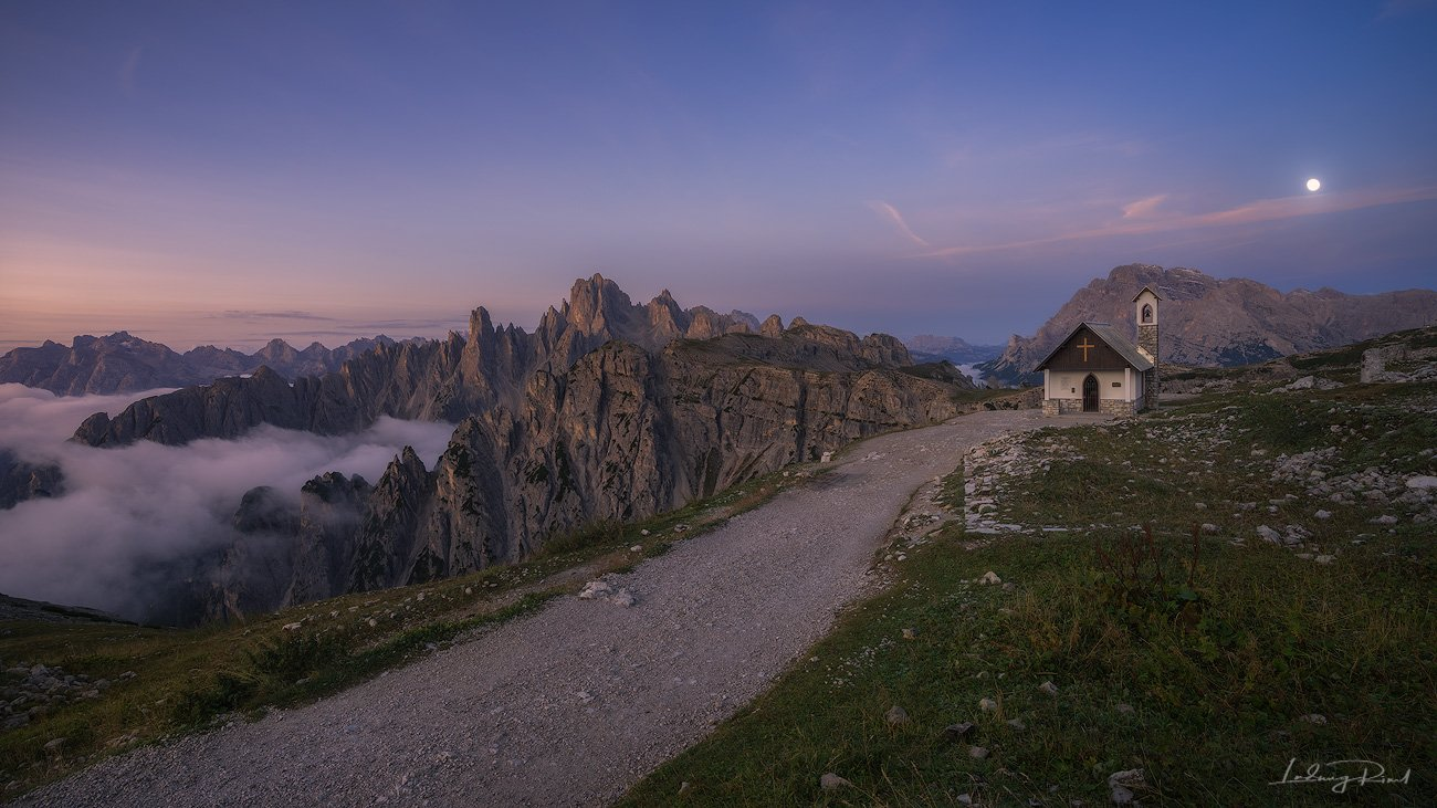 alps, awakening, beauty, before sunrise, cappella degli alpini, chalk stone, chantry, chapal, church, cliffs, clouds, cross, dolomites, fog, foggy, full moon, gravel road, hiking, italy, klimbing, moon, moonlit scenery, morning, morning glow, mountain top, Ludwig Riml
