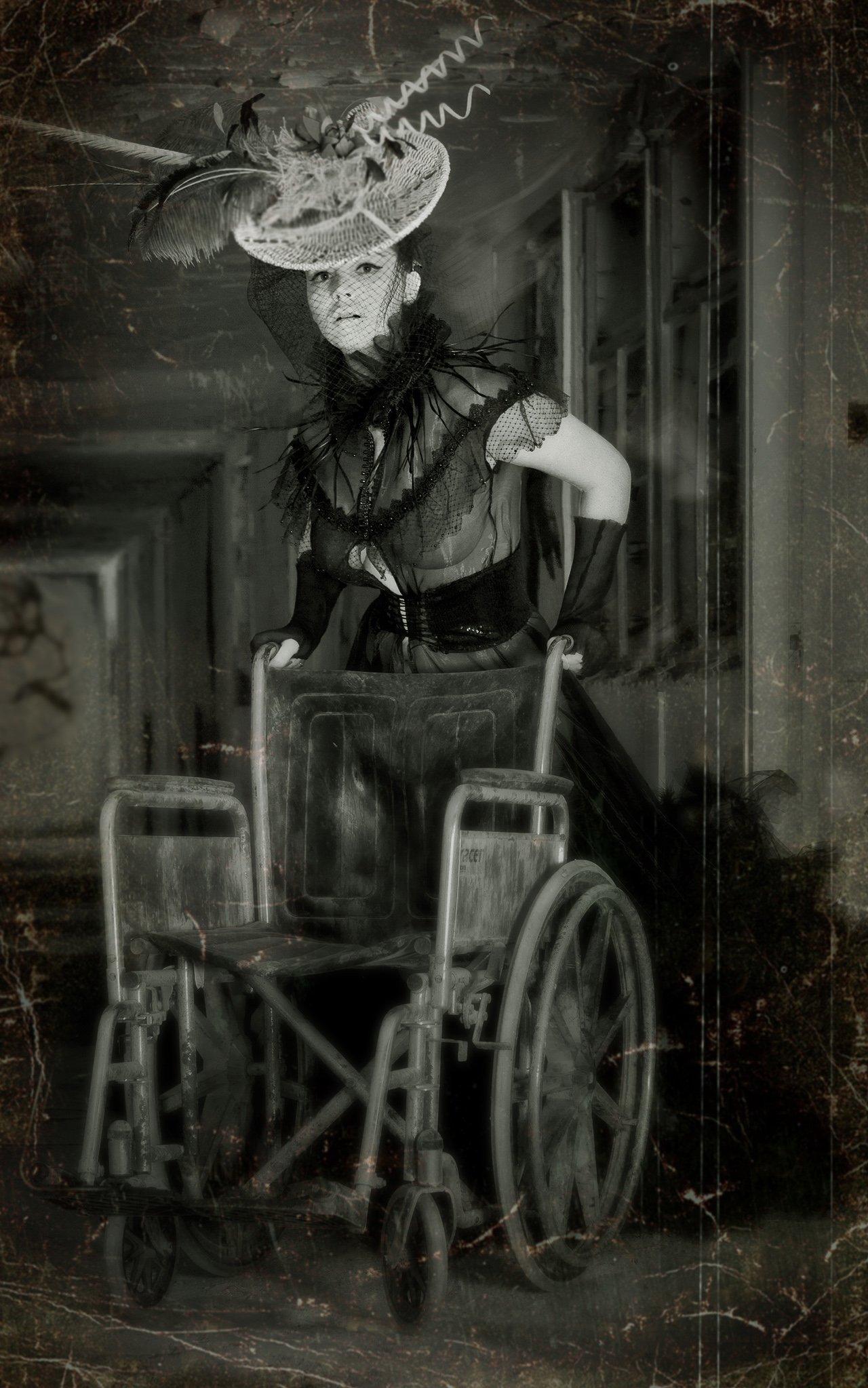 vladimir(volf)kirilin,noir,владимир(вольф)кирилин,Natali Boychuk,Abandoned Hospital, Vladimir (Volf) Kirilin