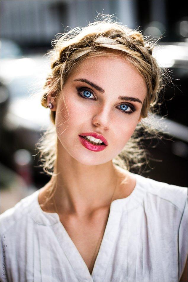 girl,portrait,light,street,beauty,fashion,eyes,moscow,свет,портрет,девушка,москва, Ronrevuald